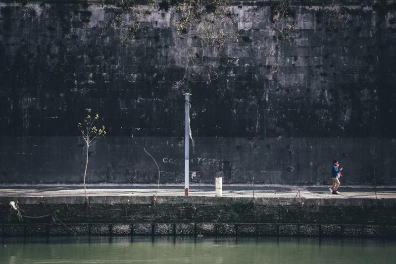 Along the Tiber 004