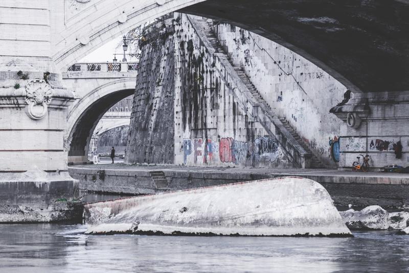Along the Tiber 009
