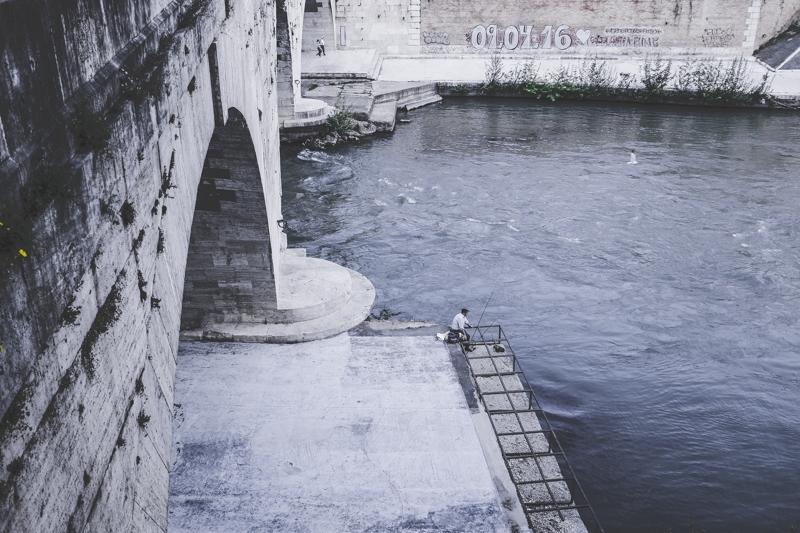 Along the Tiber 018